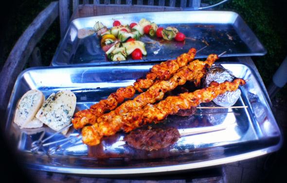 BBQ-special: Indische kipkebabs