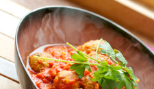 Gehaktballetjes in tomatencurry